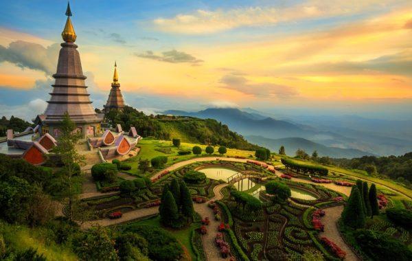 Essential Thailand